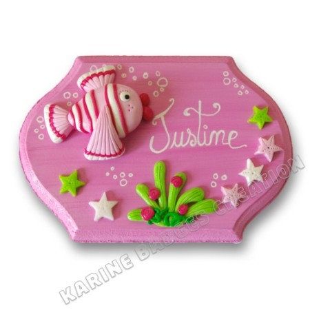 karine-badge-creation-plaque-porte-chambre-enfant